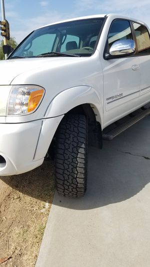 Selling 06 Tundra, Front Bumper, Fenders, Tailgate For for Sale in Chula Vista, CA
