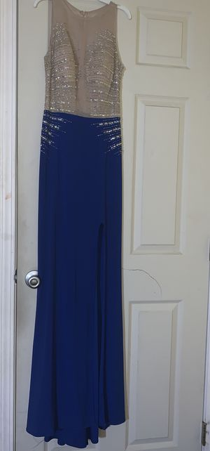 Windsor prom dress for Sale in Cathedral City, CA