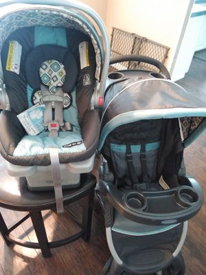 Graco Car seat stroller combo for Sale in Largo, FL