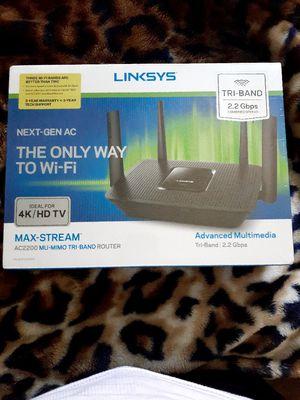 MAX Stream AC2200 MU-MIMO tri band Router, for Sale in Placentia, CA