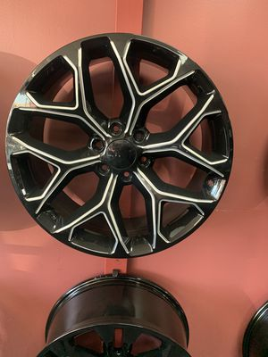20 inch 22 inch 24 inch Snowflake Replicas GM for Sale in Irving, TX