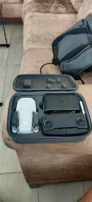 DJI MAVIC Mini Fly more set. With crash warranty till March 2021 (2/2 replacement remains) for Sale in Aventura, FL