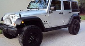 Asking$16OO Jeep Wrangler Unlimited 2OO7 CLEAN TITLE for Sale in Arlington, TX