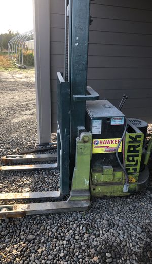 Fork lift for Sale in Woodburn, OR