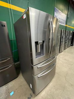 FREE DELIVERY! Samsung MUST GO! Refrigerator Fridge Delivery Available #1713 for Sale in San Antonio,  TX