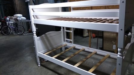 Nice bunk bed for sale just in time for Christmas for Sale in St. Louis,  MO