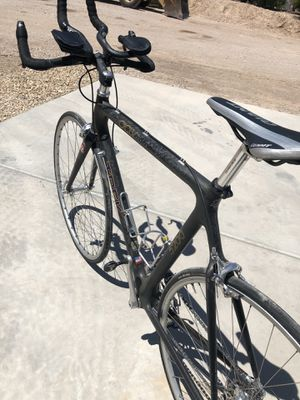 Trek OCLV 5200 Carbon road bike for Sale in Las Vegas, NV
