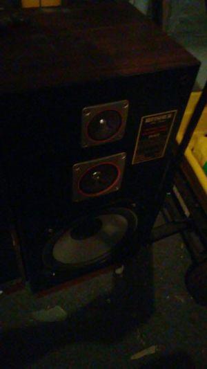 Fisher 3 way bass hi fi speaker system for Sale in Philadelphia, PA