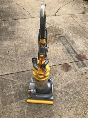 Dyson vacuums for Sale in Oberlin, OH