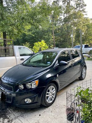 2013 Chevy sonic for Sale in Roman Forest, TX