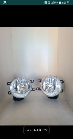 2010- 2020 Toyota 4Runner OEM headlight assemblies and fog lights. for Sale in San Diego, CA