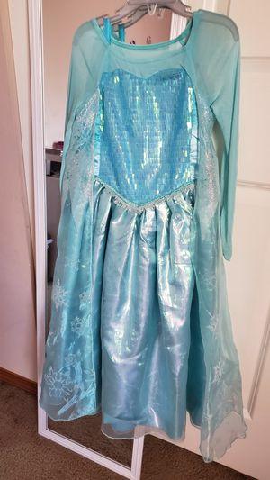 Elsa Frozen Sparkle Disney Princess Halloween Costume Girls Size 5-6 T for Sale in Everett, WA