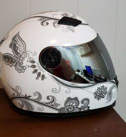 Bilt Helmet - Gem - White Paisley for Sale in Aberdeen, WA
