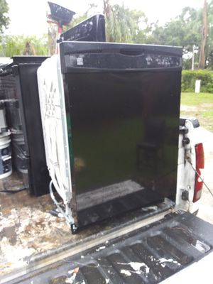 Kenmore glass top stove and dishwasher for Sale in Winter Haven, FL