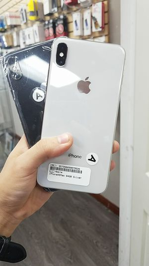 IPhone Xs Max 64gb unlocked for Sale in Richardson, TX