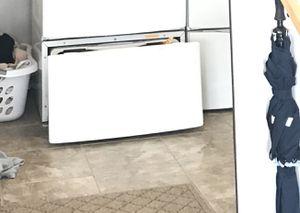 Whirlpool duet pedestal ( white ) for Sale in Midlothian, VA