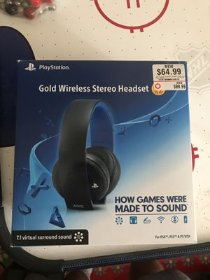 Gold wireless stereo headset PS4 for Sale in Laurel, MD
