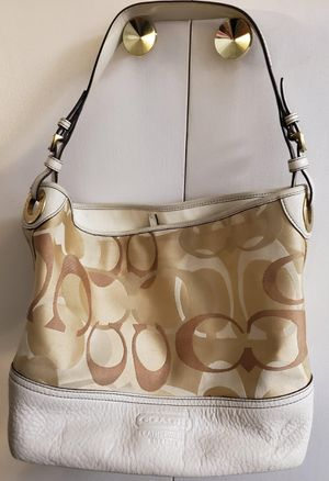 Coach purse with serial number to verify for Sale in Corona, CA