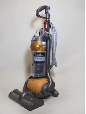 Nice Dyson DC24 vacuum, in working condition for Sale in GREAT NCK PLZ, NY