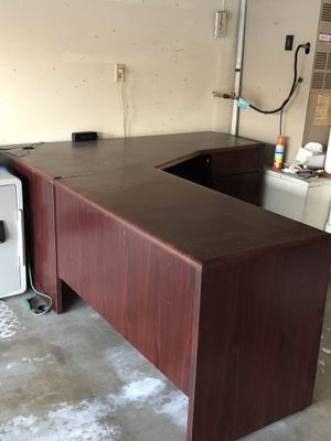 Large Desk for Sale in Irvine, CA