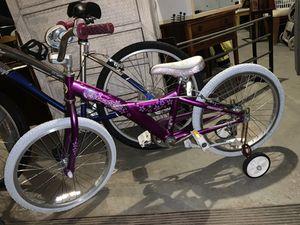 """20"""" Girl's Giant Taffy Bike for Sale in Lyndhurst, NJ"""