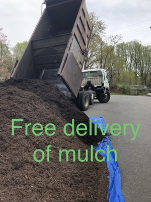 FREE DELIVERY OF MULCH, TOP SOIL, CAMPOS , ANY MATERIAL for Sale in Arlington, VA