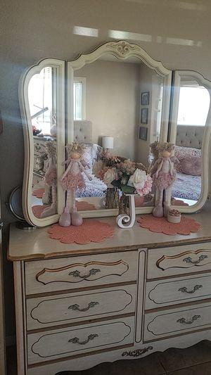 Antique furniture for Sale in Ontario, CA