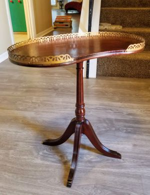 Vintage Hand crafted small Pedestal martini drink Side table with brass color edging for Sale in San Antonio, TX