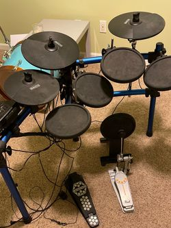 Simmons SD1000 5-Piece Electronic Drum Set for Sale in Damascus,  OR