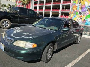 99 Mazda 626 Lx manual titulo limpio for Sale in Las Vegas, NV
