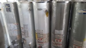 Special sale water heater today for 320 whit installation included for Sale in Fontana, CA
