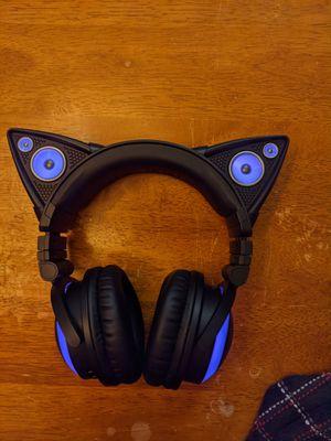 Brookstone cat bluetooth over ear headphones for Sale in Fresno, CA