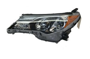 2013 2014 2015 TOYOTA RAV4 DRIVER LEFT HEADLIGHT HEADLAMP OEM for Sale in Hialeah, FL