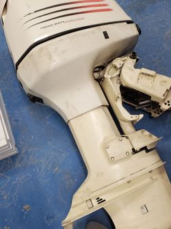 Evinrude Outboard 200hp 2001 for Sale in Rockville,  MD