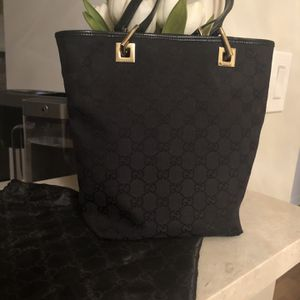 VINTAGE AUTHENTIC GUCCI BAG for Sale in South Pasadena, CA