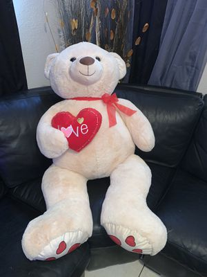 Large Teddy Bear for Sale in North Las Vegas, NV
