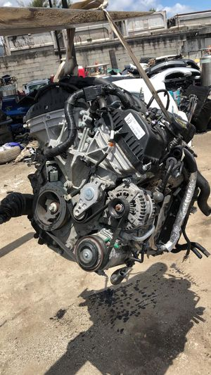 Auto Engines and Transmissions available in different Makes for Sale in Miami Gardens, FL