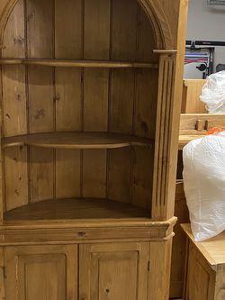 Solid Wood Corner Shelf/Cabinet for Sale in Spring,  TX