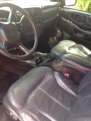 Chevy blazer yr 2000 for Sale in Miami, FL
