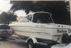 Bayliner Boat 2001 NO MOTOR NO TRAILER 20 foot for Sale in Miramar, FL