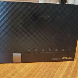 ASUS RTAC56U 1 GIGABIT WIRELESS ROUTER for Sale in San Diego, CA