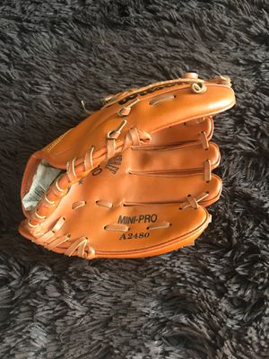 Baseball Glove for Sale in Hyattsville, MD