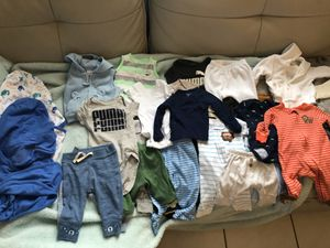 Brand new and barely used newborn baby clothes 0 to3 months ,No stains 40 pieces for Sale in Hialeah, FL