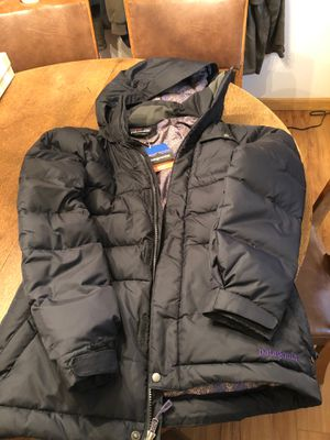 New Women's Patagonia Down Jacket for Sale in Port Orchard, WA
