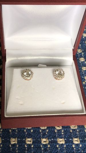 Diamond earrings for Sale in Chillicothe, MO