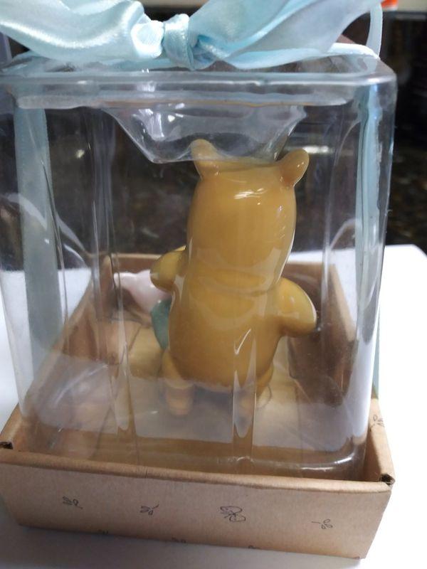 Winnie the Pooh Disney Collectible Disney Classic Winnie the Pooh Birthday Keepsake Figurine