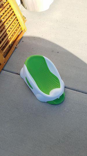 Baby crib, swing, bather, and bumbo for Sale in West Valley City, UT