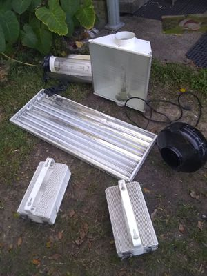 Grow lights for Sale in Pasadena, TX
