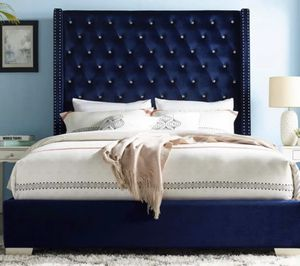Velvet Queen size bed frame for Sale in Houston, TX