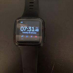 Fitbit Versa for Sale in Rancho Palos Verdes, CA